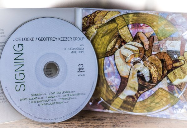 Joe Locke / Geoffrey Keezer Group - SIGNING